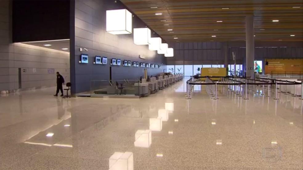 Saguão Aeroporto Confins