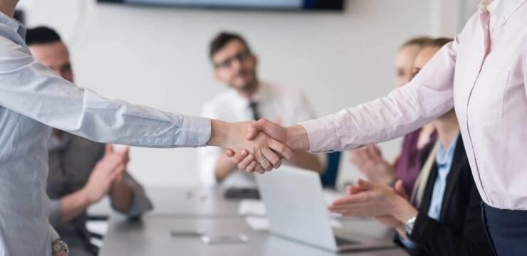 A importância da assessoria jurídica nos processos de fusão de empresa