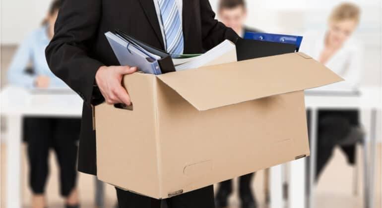 É possível a dispensa justificada do empregado que se ausenta sem justificativa?