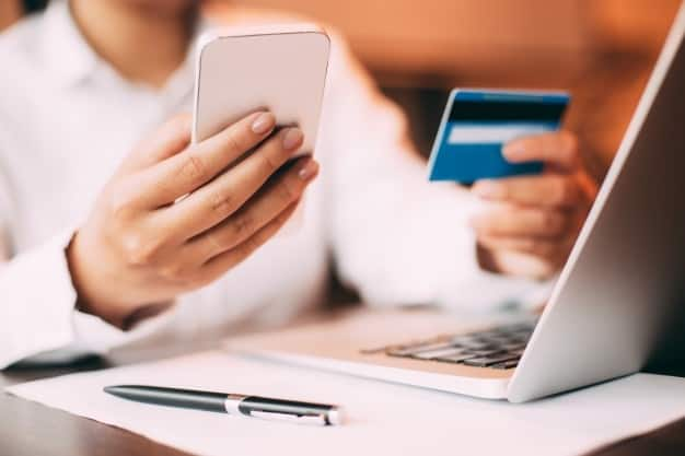 Entenda sobre cobrança recorrente via cartão de crédito