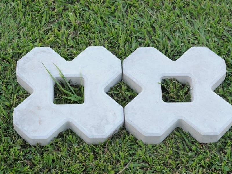 Forma Plástica para Concregrama X 4 Pontas - Foto 3