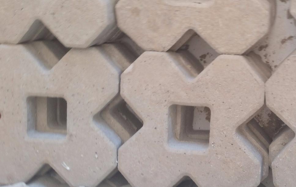 Forma Plástica para Concregrama X 4 Pontas - Foto 6