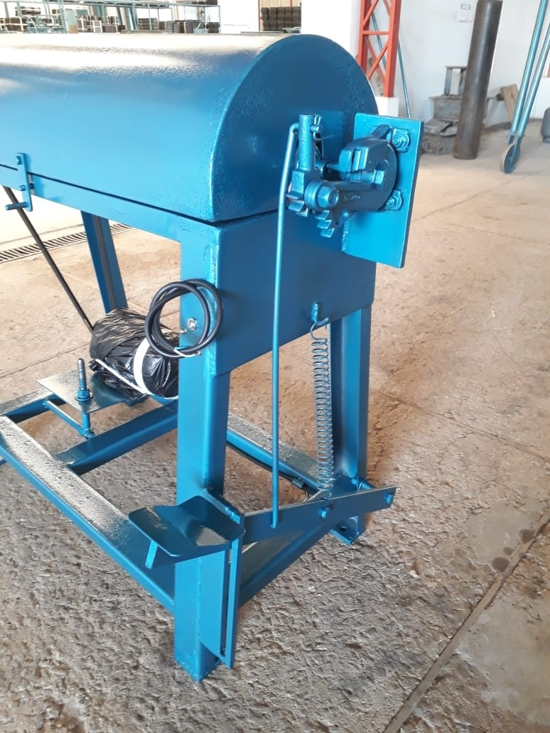 Máquina de Desbobinar, Endireitar e Cortar Ferros - Foto 8
