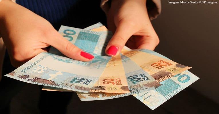 Imagem da notícia Abono salarial começa a ser pago nesta quinta (15) para nascidos em maio e junho