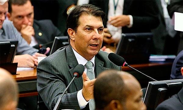 Imagem da notícia Bradesco, Itaú, Santander e Safra doaram para relator da reforma da Previdência