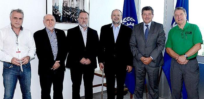 Imagem da notícia Fórum Sindical (FST) formaliza à OIT denúncia contra governo brasileiro