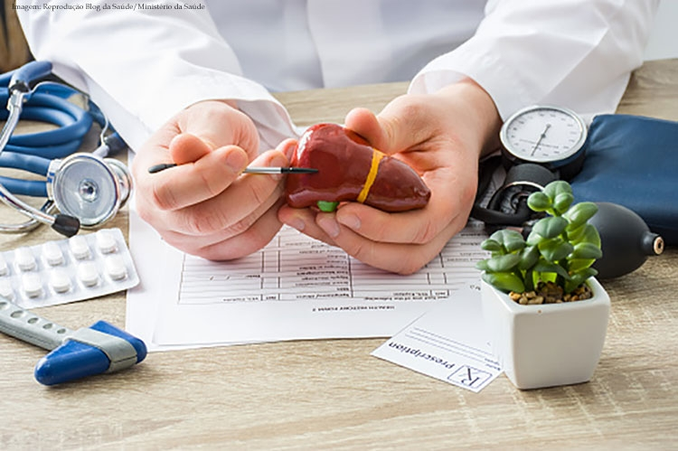 Imagem da notícia Hepatite é uma doença silenciosa que pode ser prevenida