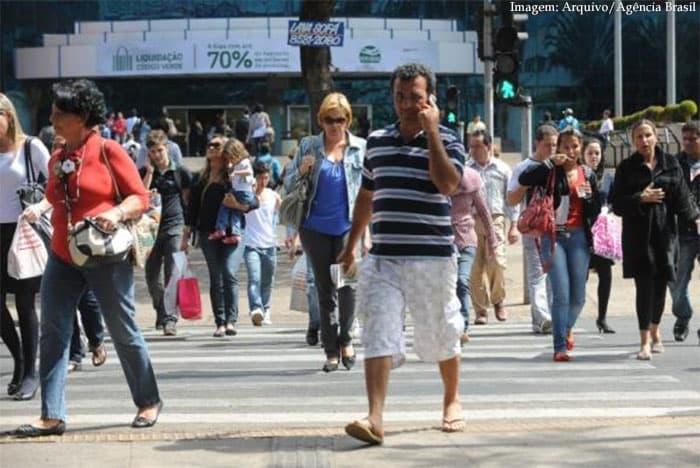 Imagem da notícia IBGE diz que Brasil já tem mais de 207 milhões de habitantes