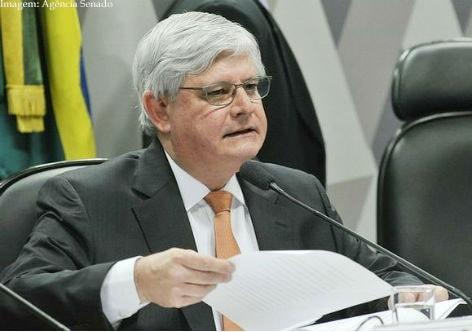 Imagem da notícia Janot protocola ação no Supremo contra pontos da reforma trabalhista