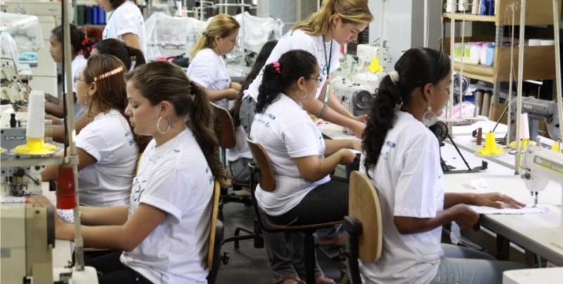 Imagem da notícia Mulheres com formação são maioria no mercado