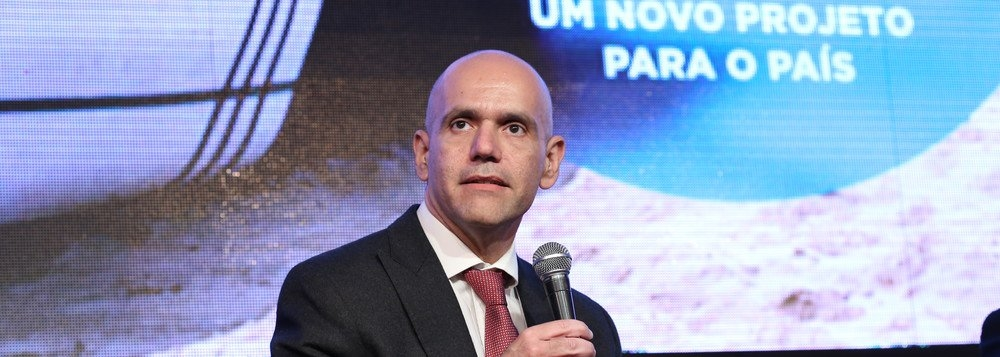 Imagem da notícia Reforma Previdenciária de Temer prejudica 79% dos brasileiros