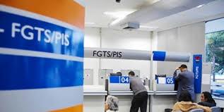 Imagem da notícia Saques de até R$ 500 do FGTS para nascidos de maio a agosto começam nesta sexta-feira