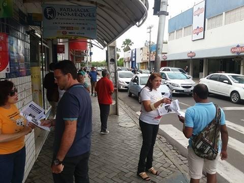 Imagem da notícia Sindicato vai às ruas informar sobre prejuízos da Terceirização e reformas de Temer