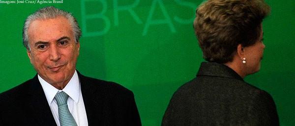Imagem da notícia Um ano após impeachment de Dilma, país segue imerso em escândalos e aumento da crise