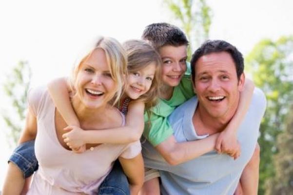 Amizade entre pais e filhos. Quais são os limites?