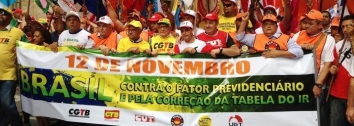 Pa�oca Participa de Manifesta��o contra o Fator Previd�nciario