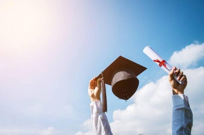 As-melhores-faculdades-e-unive-20181219145604.jpg