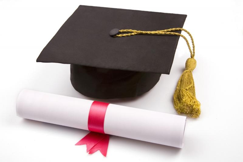 Estudanteterasoduaschancespararevalidardiplomaobtidonoexterior-20150312204208.jpg