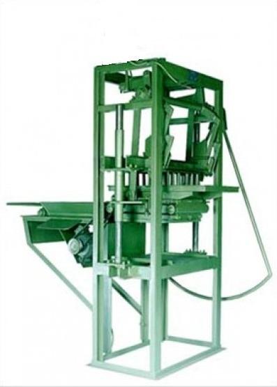Máquina para Blocos e pavimentação P1