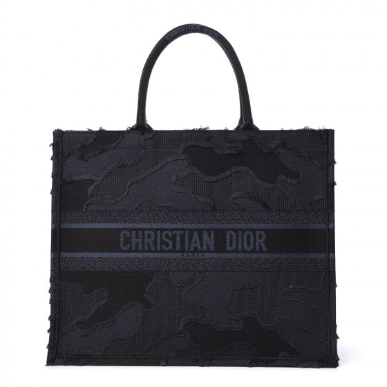 BOLSA DIOR BOOK TOTE CANVAS EMBROIDERED CAMOUFLAGE AZUL - 2.790,00 10 X 279,00