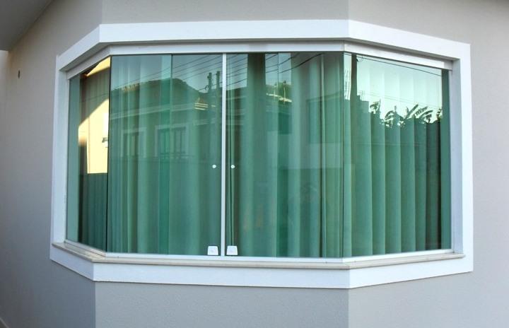 janela-de-vidro-temperado1.jpg