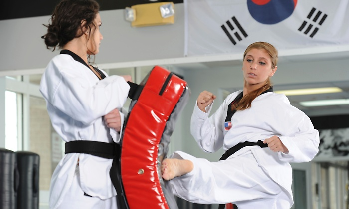 tkd%20woman%20trainnig.jpg