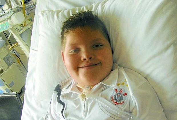 Pedro Arthur precisa de ajuda para fazer transplante